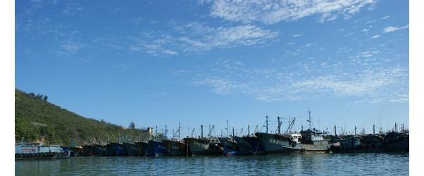 澳角渔村,位于东山岛的东南部,面积72公顷,海岸线长10公里,是一个着